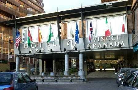 UGT celebra la compra en segunda subasta judicial del Hotel Vincci de Granada, pero estará vigilante para que se mantengan los 40 empleos con todos su derechos