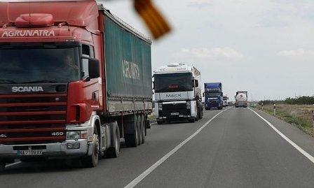UGT firma el Convenio de Transporte de Mercancías por Carretera de Granada