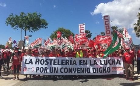 Finaliza la marcha Marbella-Málaga por un convenio justo y digno en la hostelería malagueña