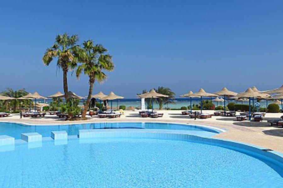 Apenas 200 establecimientos turísticos abrieron sus puertas en mayo en Andalucía y con 40.000 trabajadores menos que el año pasado