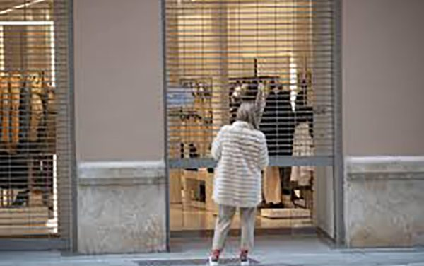 Sindicatos, empresarios y asociaciones de consumidores exigen la convocatoria del Consejo Sectorial de Comercio al Alcalde de Málaga