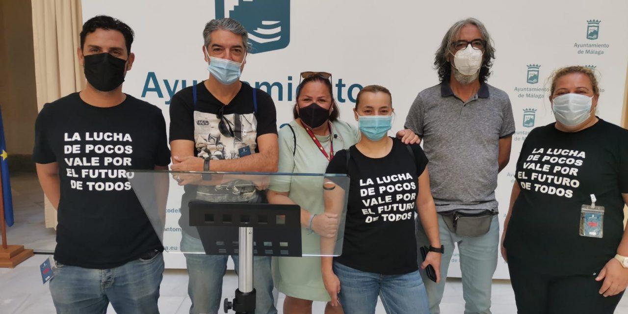 El Ayuntamiento de Málaga machaca a los trabajadores del comercio para beneficiar a las grandes empresas de distribución